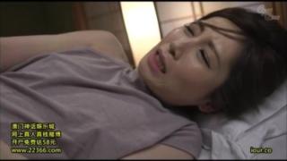 【佐々木あき】眠る美しい継母の下半身を露わにし、肉棒を無理やり突き刺し中で射精してしまう息子