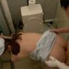 【三十路】病院の個室トイレでワインを飲んで発情し患者と生ハメしちゃってる人妻看護師
