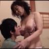 【里中亜矢子】温泉で濃厚なフェラヌキのあと、部屋で戸惑う息子を誘惑する五十路母