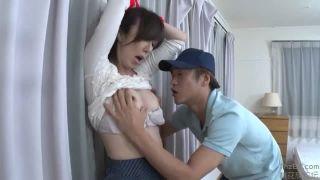 【澤村レイコ】間違って配達されたバイブでオナニーしてるのを宅配員に見られ弄ばれた団地妻