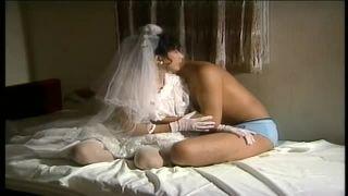【小林ひとみ】ウエディングドレスで濃厚なセックスをする元祖AVクイーン