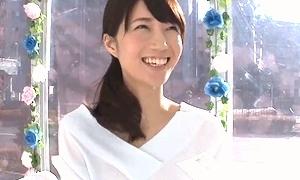 MM号で微笑むS級素人妻